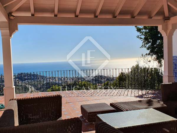 723m² House / Villa for sale in East Málaga, Málaga
