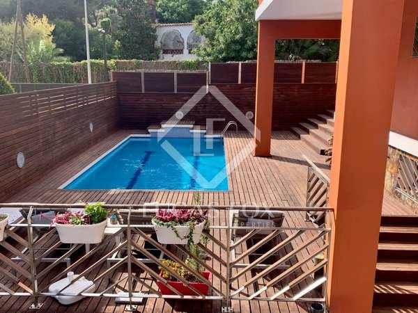 641m² House / Villa for sale in Montemar, Barcelona