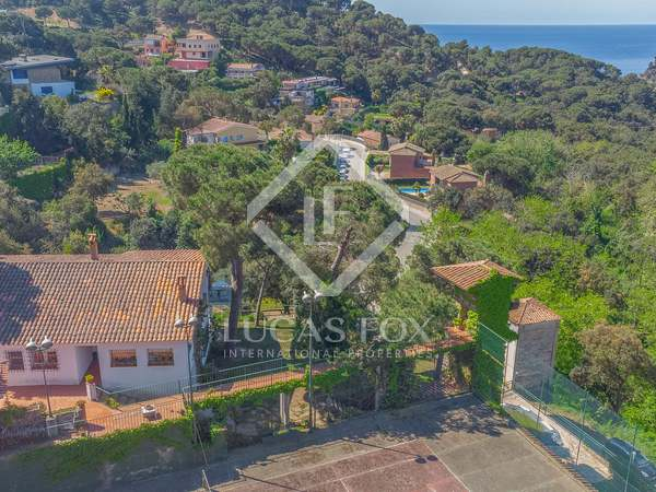 354m² House / Villa for sale in Lloret de Mar / Tossa de Mar