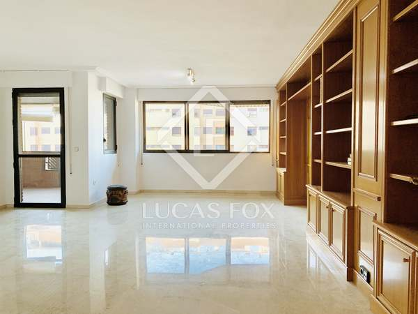 150m² Apartment with 7m² terrace for sale in Alicante ciudad