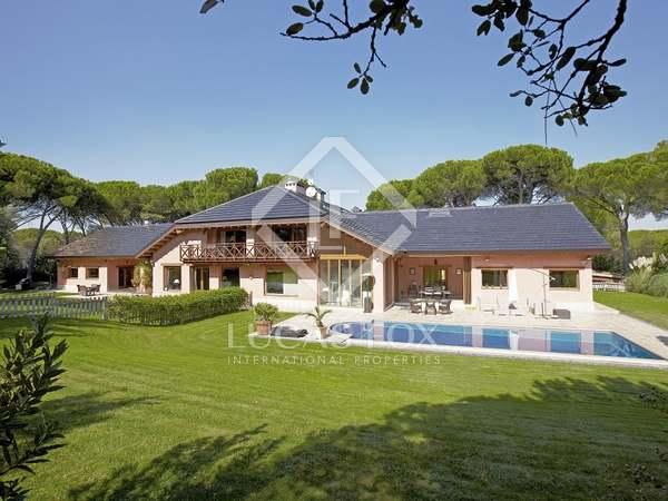 Maison / Villa de 1,000m² a louer à Pozuelo, Madrid
