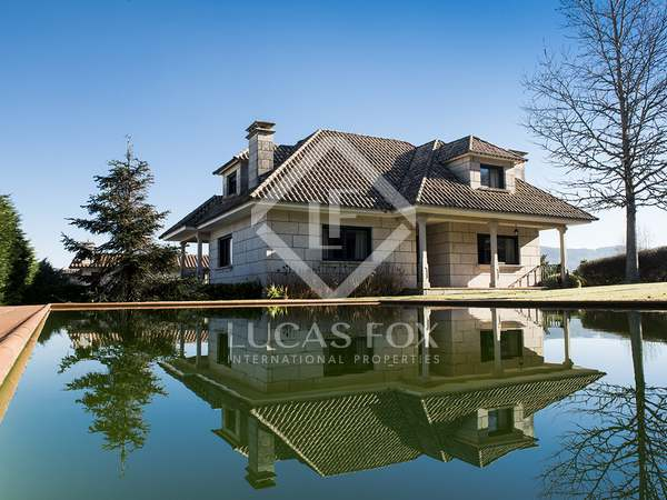 300m² House / Villa for sale in Pontevedra, Galicia