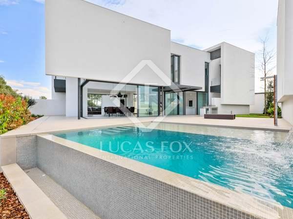 Casa / Vil·la de 340m² en venda a El Gironés, Girona