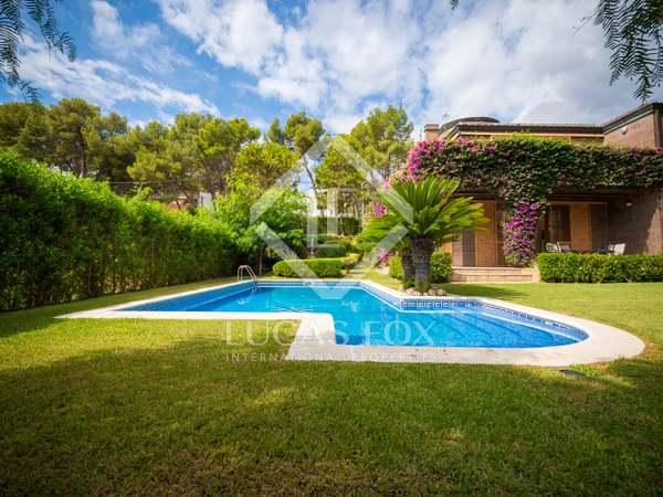 440 m² villa for rent in Castelldefels, Barcelona