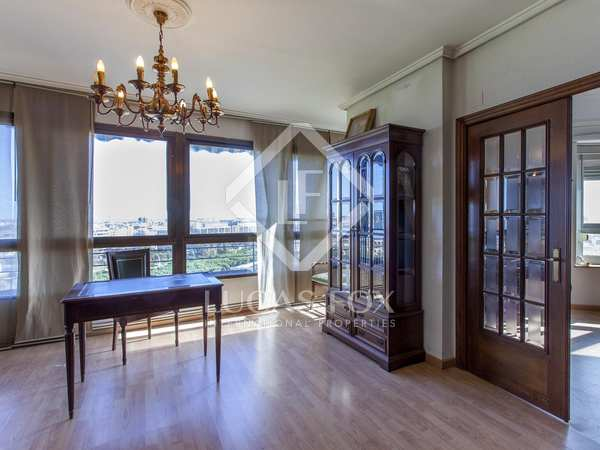 235m² Apartment for sale in El Pla del Remei, Valencia