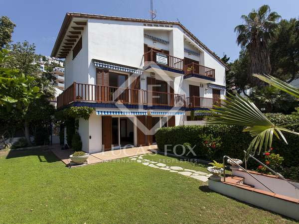 200m² house with 150m² garden for sale in Levantina
