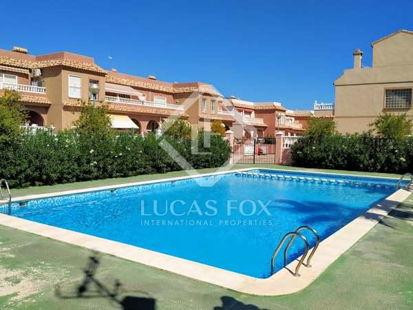 Huis / Villa van 90m² te koop in Alicante ciudad, Alicante
