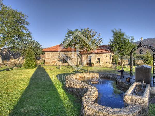 775m² House / Villa for sale in Ourense, Galicia
