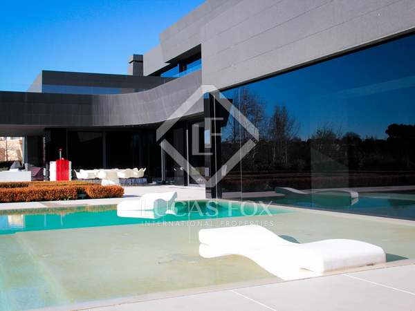 7-bedroom contemporary-style villa to buy in La Finca Madrid