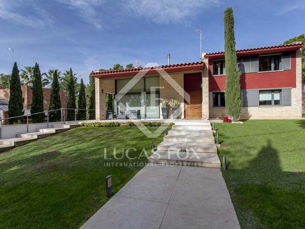 429m² House / Villa for sale in Godella / Rocafort