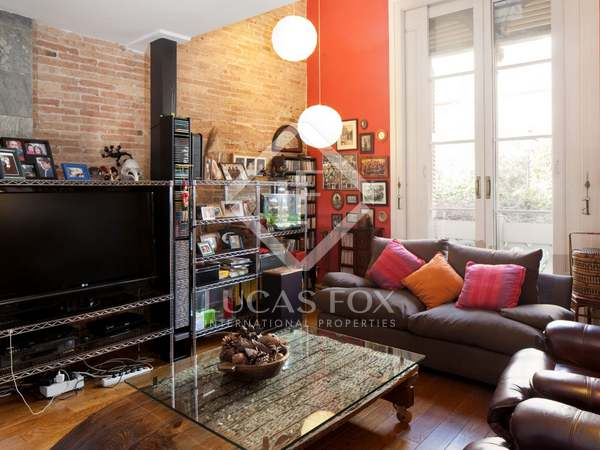Preciosa casa en venta en el exclusivo Pasaje Permanyer