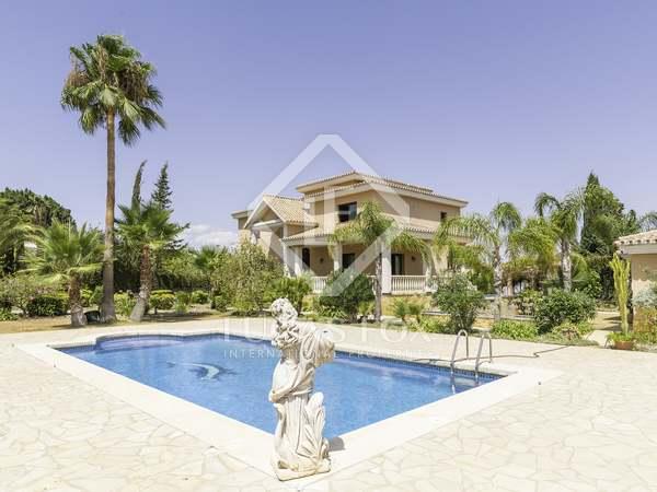 630m² House / Villa for sale in Málaga, Spain