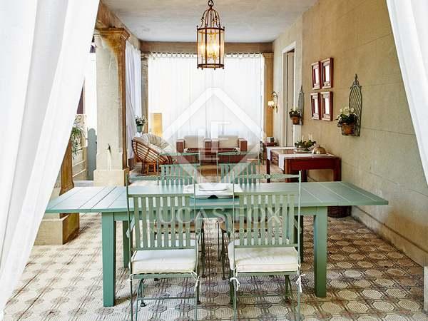 Huis / Villa van 365m² te koop met 49m² terras in Pontevedra