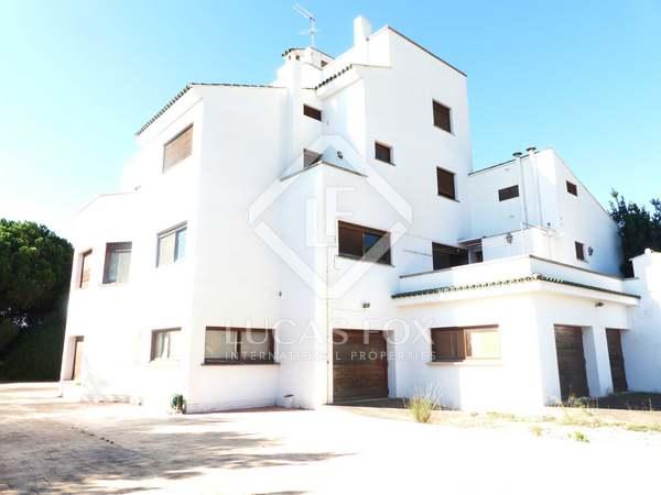 842m² Lanthus till salu i Godella / Rocafort, Valencia