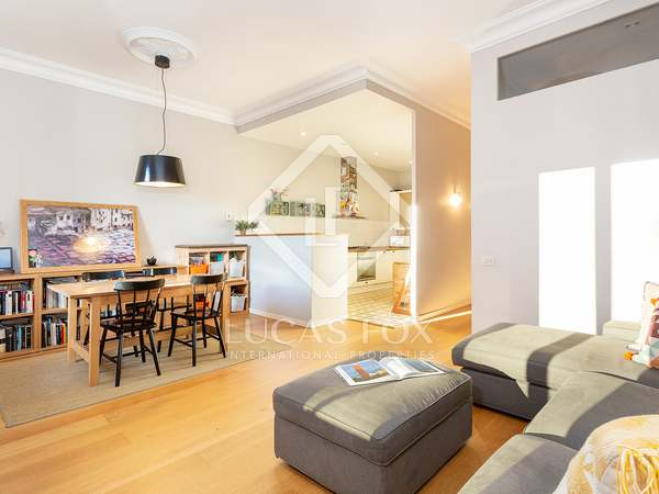 105 m² apartment with 8 m² terrace for sale in Eixample Left