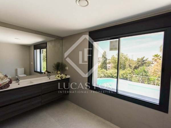 412m² House / Villa with 1,162m² garden for sale in Golden Mile