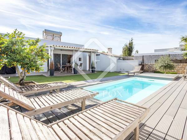 83 m² house for sale in Santa Eulalia, Ibiza