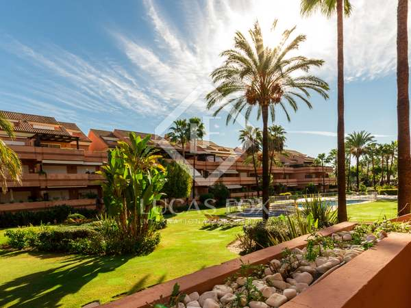 Exclusive ground floor apartment for sale in Embrujo Playa
