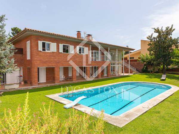 405m² House / Villa for sale in Girona Center, Girona