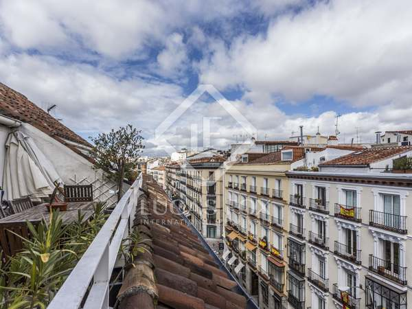 170 m² penthouse with 15 m² terrace for sale in Justicia