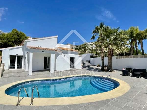 114m² House / Villa for sale in Finestrat, Alicante