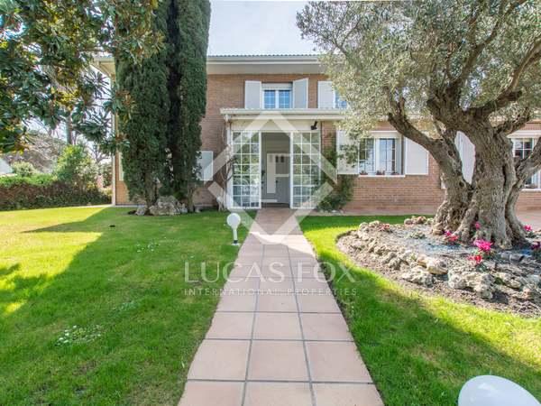 Casa / Vil·la de 400m² en venda a Pozuelo, Madrid
