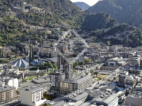 Piso de 317 m² con 128 m² de terraza en venta en Escaldes