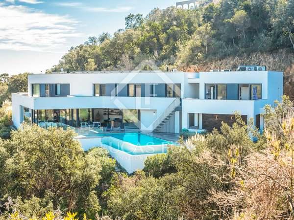 Huis / Villa van 742m² te koop in Playa de Aro, Costa Brava