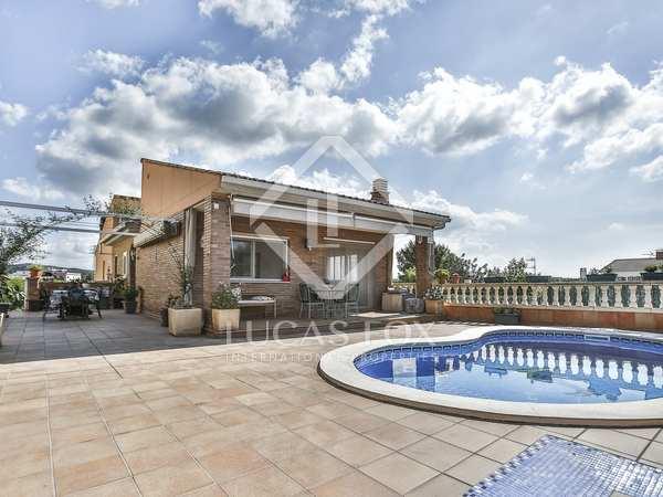 Maison / Villa de 314m² a vendre à Vilanova i la Geltrú