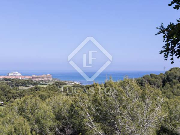 4,265m² Plot for sale in Terramar, Sitges