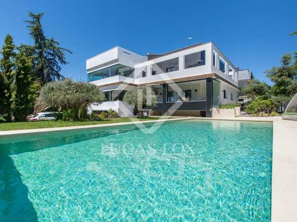 Maison / Villa de 586m² a vendre à Pozuelo, Madrid