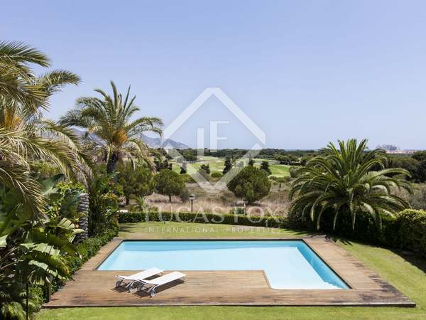 Modern luxury villa with for sale in Can Girona, Sitges