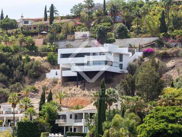 Huis / Villa van 275m² te koop met 150m² terras in Benahavís