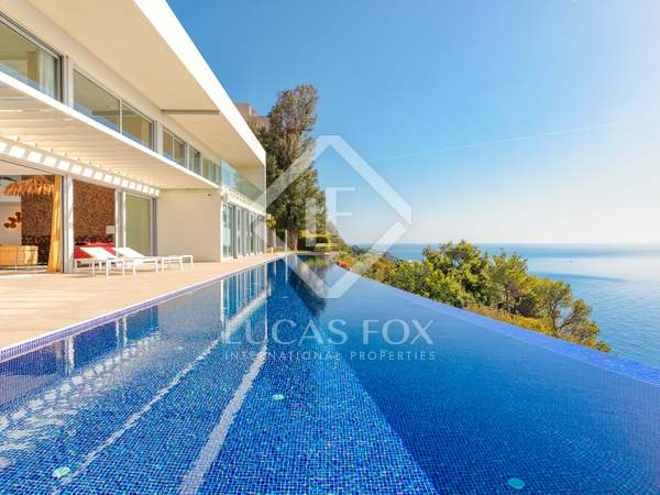 450m² House / Villa for sale in Sant Feliu de Guíxols