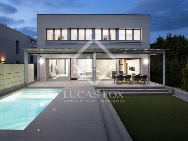 Casa / Villa de 385m² con 350m² de jardín en alquiler en Argentona