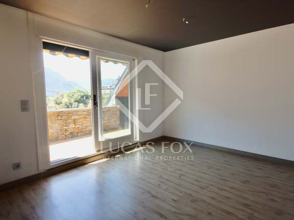 250m² Penthouse for sale in Escaldes, Andorra