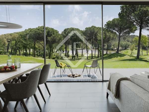 Propiedad en campo de golf de 168m² en venta en PGA, Girona