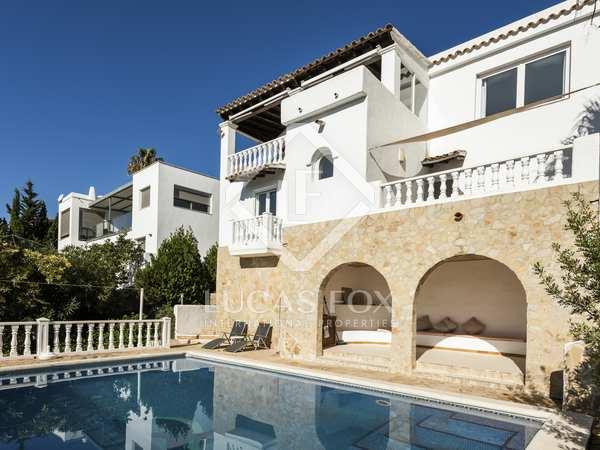 Casa / Villa de 161m² en venta en Santa Eulalia, Ibiza