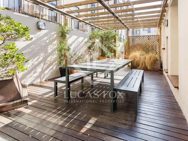 Apartamento principal con terraza en venta en el Raval