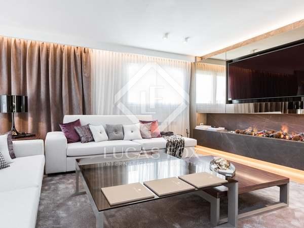 在 Almagro, 马德里 210m² 出售 顶层公寓 包括 120m² 露台