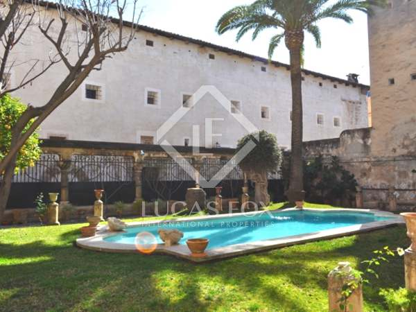Casa señorial de estilo gótico en venta, Palma de Mallorca