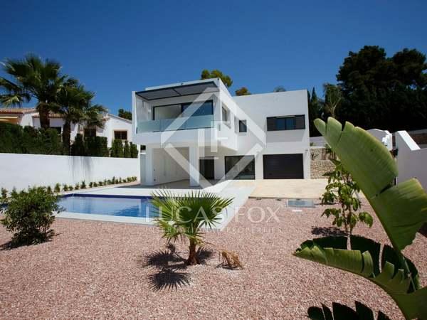 226m² House / Villa for sale in Moraira, Costa Blanca