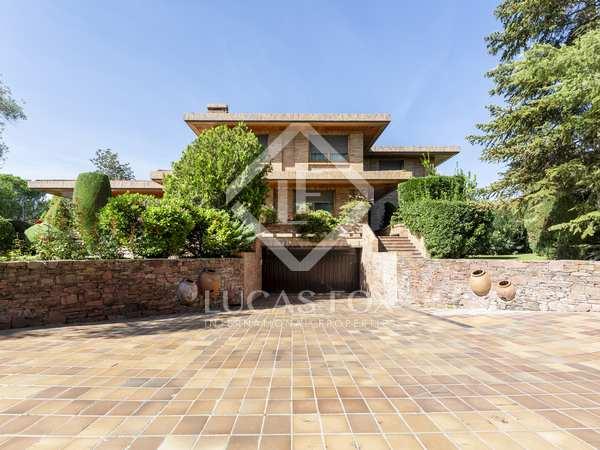 963m² House / Villa for sale in Aravaca, Madrid