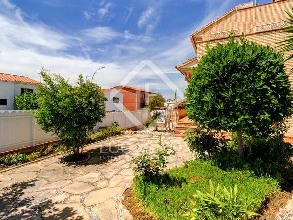 265m² House / Villa for sale in Torredembarra, Tarragona