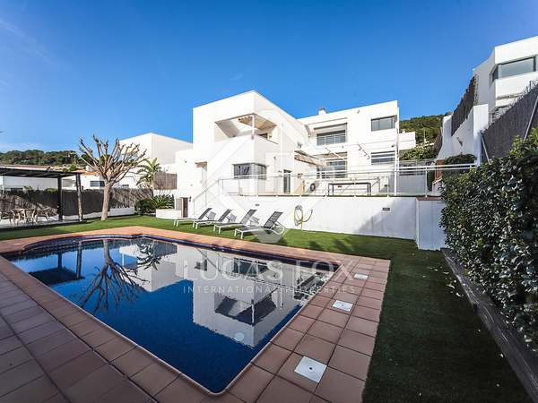 Casa / Villa de 318m² en venta en Calafell, Tarragona