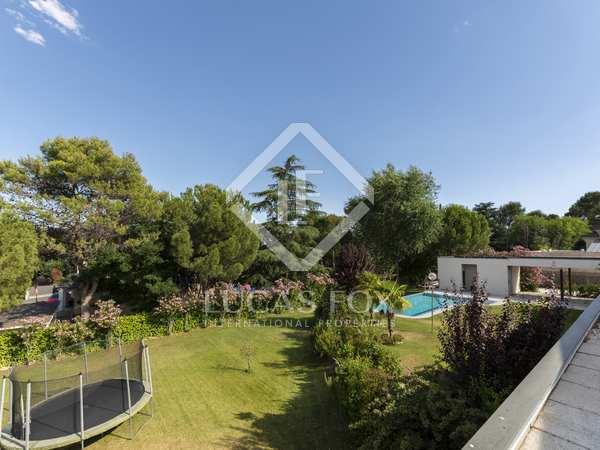 Villa de 953 m² en alquiler en Pozuelo, Madrid