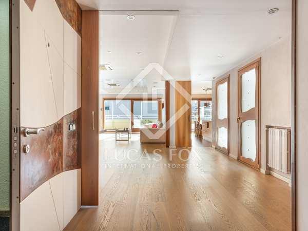 Ático de 350 m² con 20 m² de terraza en venta en Gràcia