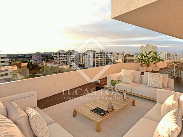 136m² Apartment with 24m² terrace for sale in Playa San Juan