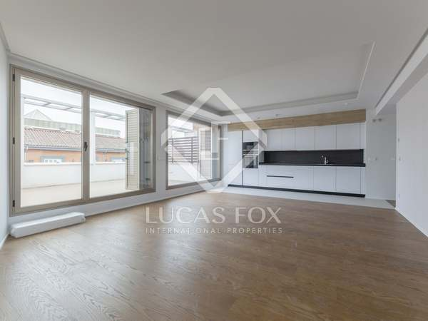 193m² Penthouse with 48m² terrace for sale in Justicia