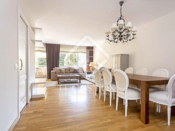 146m² Apartment with 12m² terrace for rent in Pedralbes